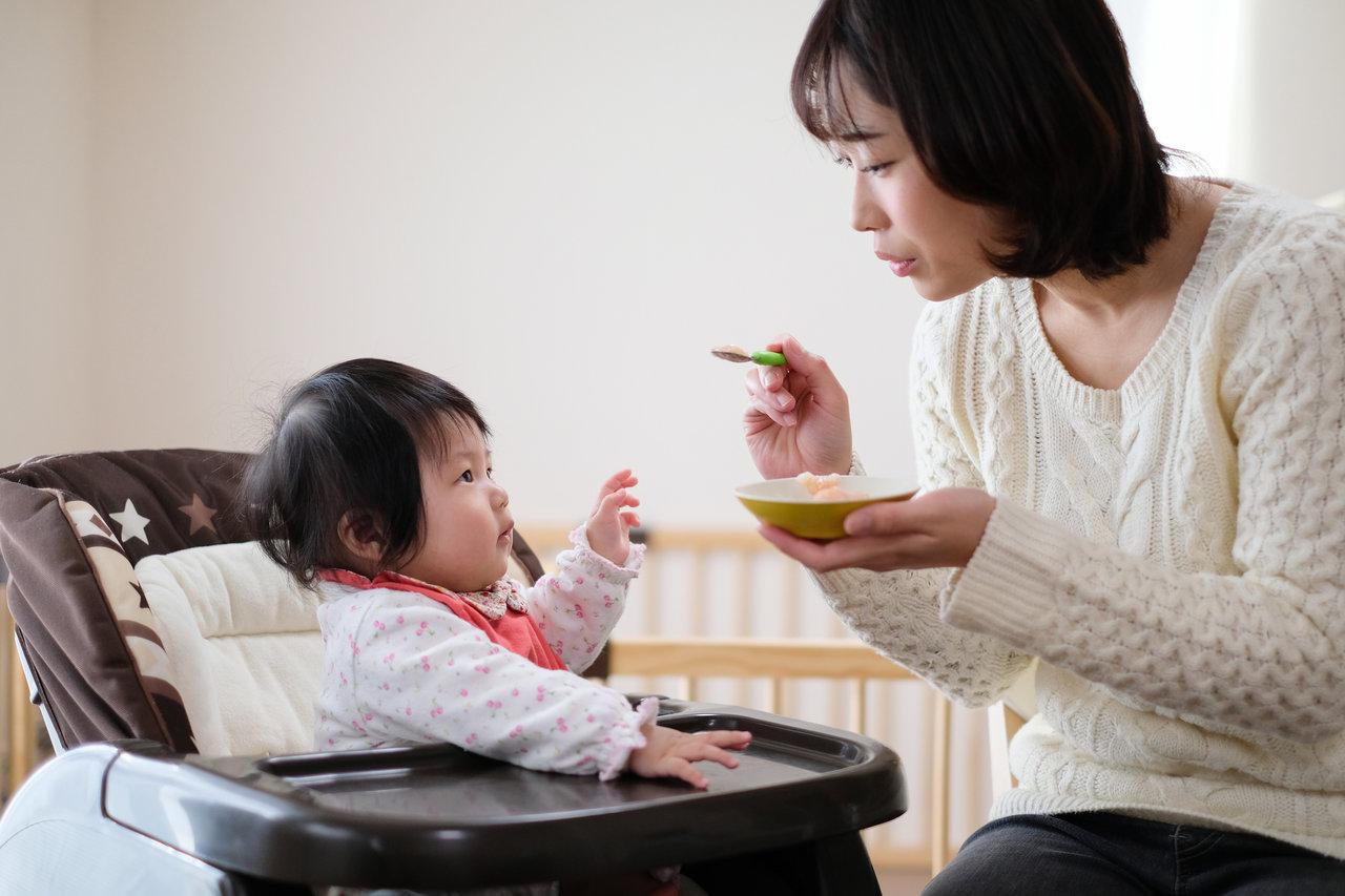 アルカリ性洗剤で赤ちゃんの食器は洗える?洗剤の特徴や注意点を紹介