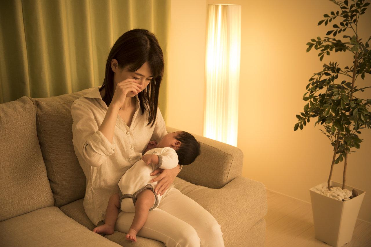 育児中の睡魔を解消したい!原因や方法と三つのツボについて