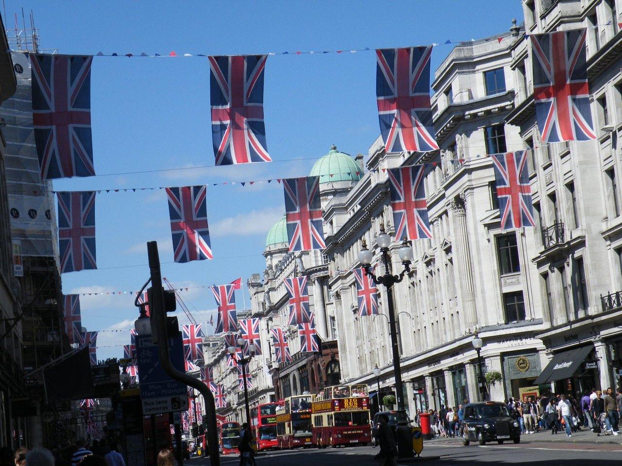 イギリス赴任でバイリンガル育児。現地語と母語はどちらが大切?