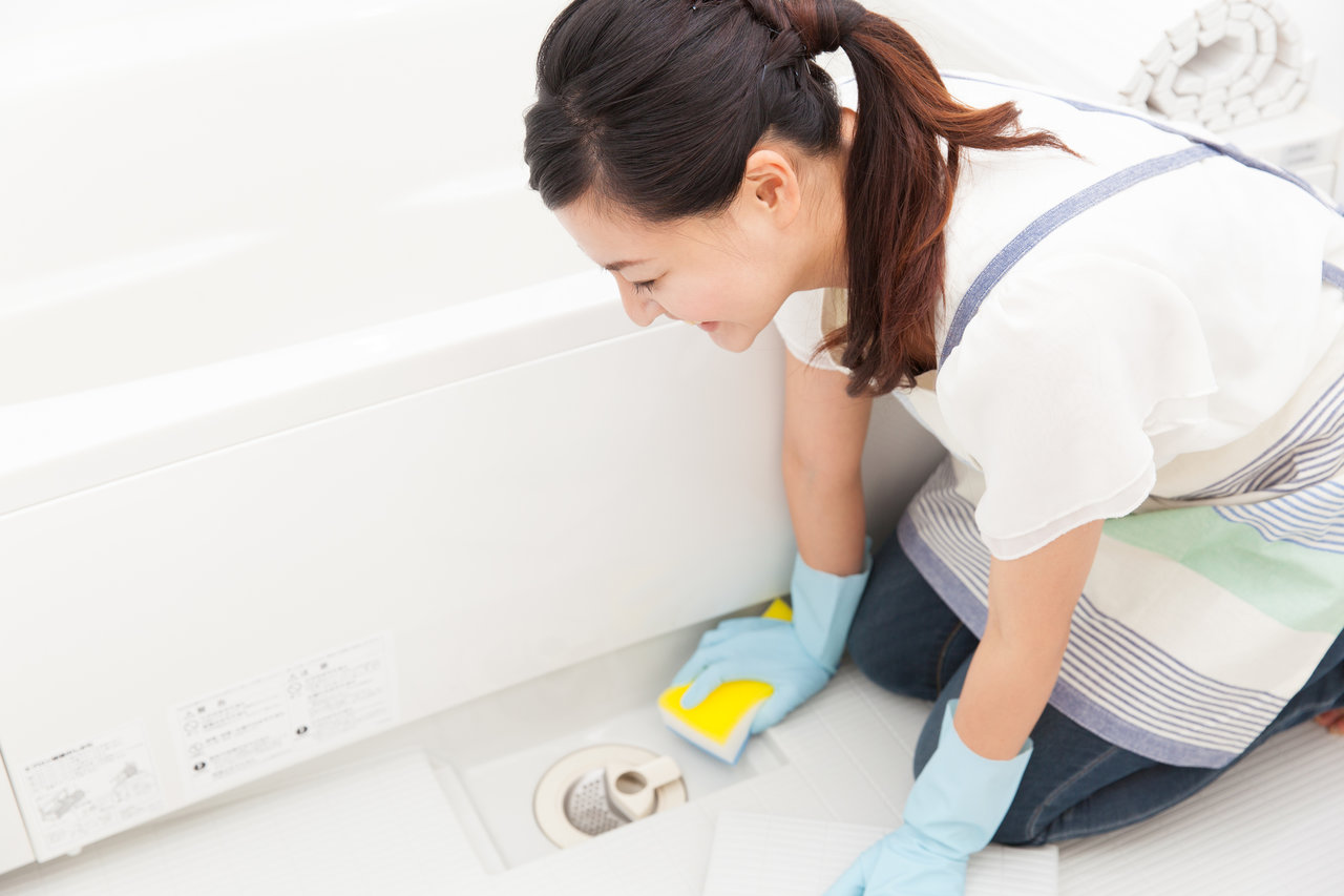 水回りは自然由来の素材でぬめりを撃退!効果的な掃除と予防法を紹介