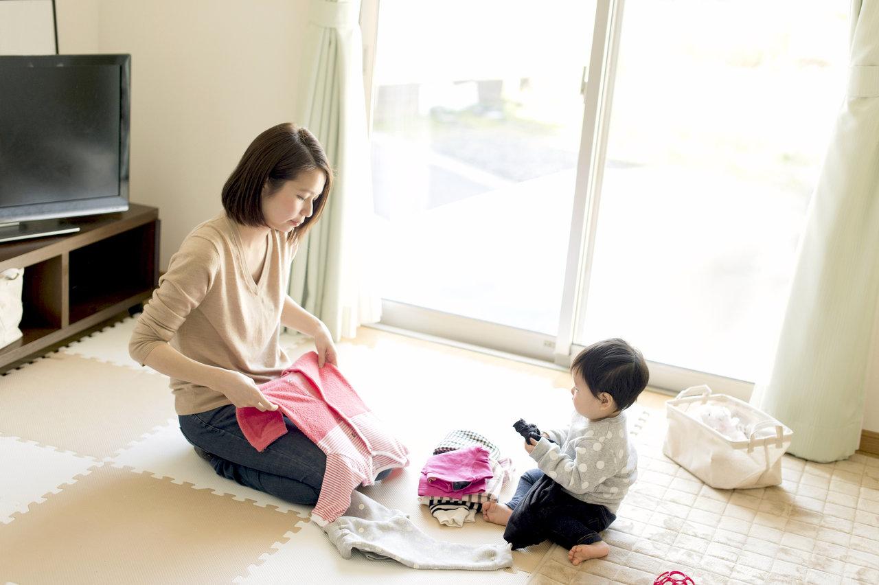 赤ちゃんの服の捨て時はいつ?ポイントを知って気持ちよく片付けよう