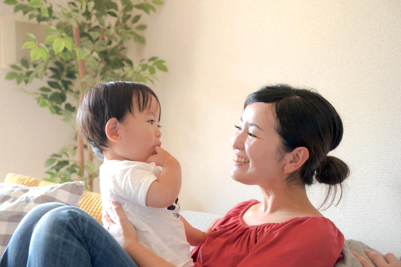 愛情を注ぐことで親子の絆が深まる!乳幼児期の前向きな接し方が大切