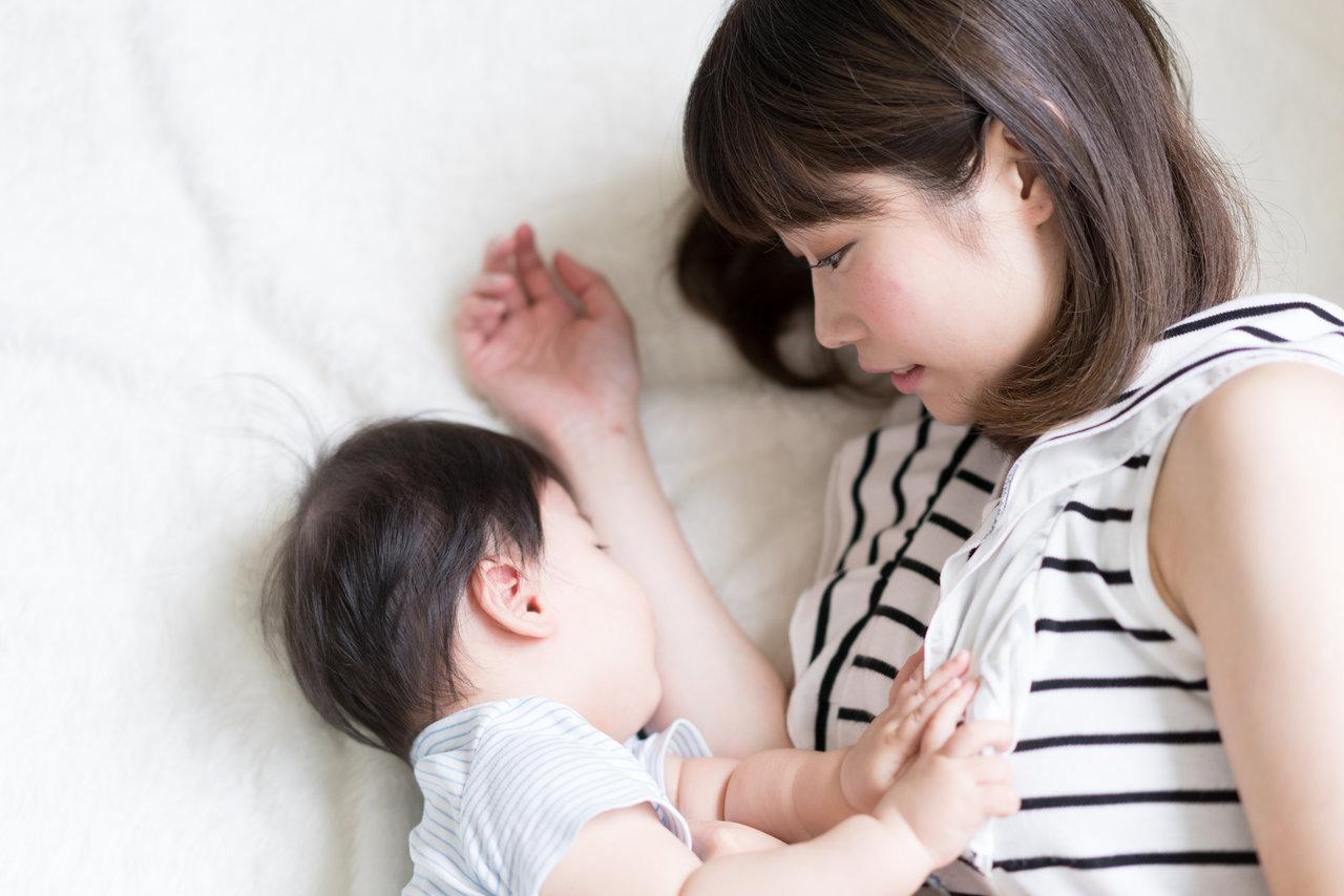 母乳を上手にやめる方法は?タイミングやトラブル回避のポイント