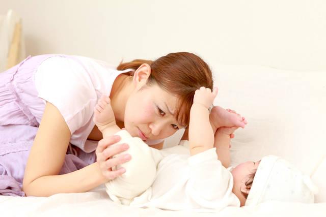女の子 陰部 新生児