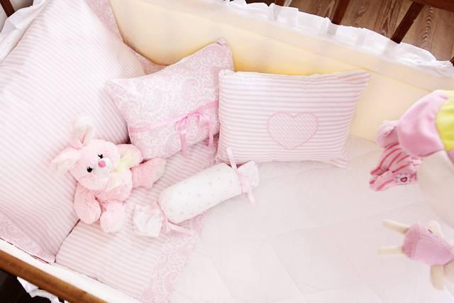 85d375b34d05a 赤ちゃんが寝る布団は快適さが命。季節ごとのかけ方と布団選びのコツ ...