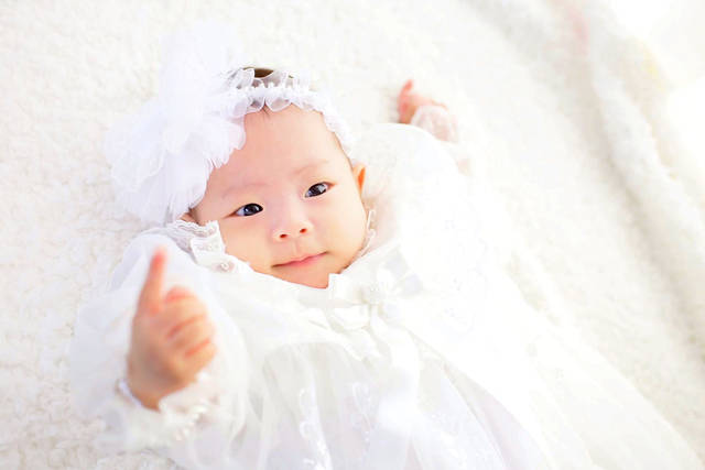 adfcd895eb372 冬生まれ赤ちゃんの洋服のサイズは?月齢別にポイントを紹介 - teniteo ...