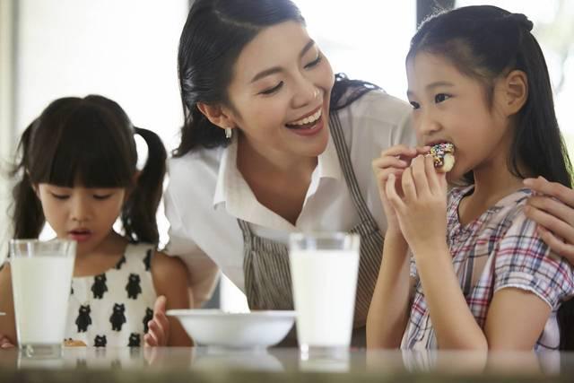 共働き子育ては時間がなく忙しい!家事の時短法とイライラしないコツ  - teniteo[テニテオ]