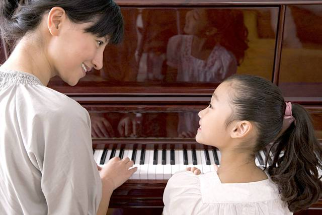子育てが習い事でより楽しくなる!子どもの個性を伸ばす習い事とは? - teniteo[テニテオ]
