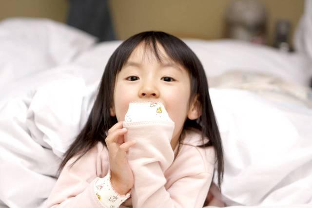 寝ない子どもに悩むママは多い!睡眠時間や寝かしつけの方法 - teniteo[テニテオ]