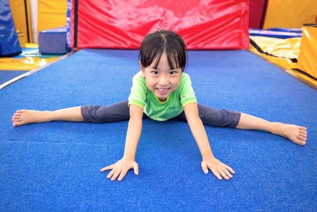 幼児期から始めるスポーツの効果とは?人気のスポーツや選び方を紹介 - teniteo[テニテオ]