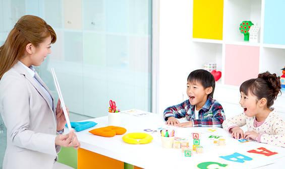 COCO塾ジュニアとは | 子供英会話教室・子供向け英語・英会話スクールのCOCO塾ジュニア