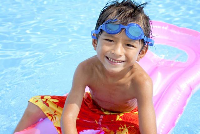 プールでの子どものケガや病気予防。知っておくべき注意点 - teniteo[テニテオ]
