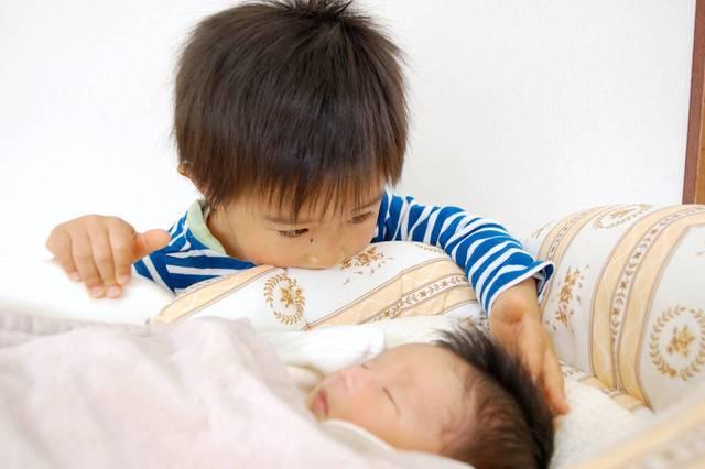 2人目の産休中は上の子の保育園はどうなる?働くママの事情と退園問題 - teniteo[テニテオ]