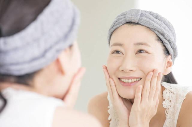 30代の乾燥肌に適したスキンケアは?乾燥の原因と保湿ケアの方法 - teniteo[テニテオ]