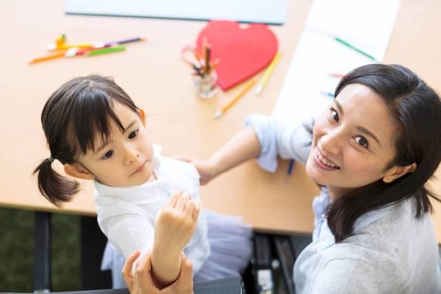 6歳の子どもと文字遊びをしよう!おすすめの方法や語彙の増やし方 - teniteo[テニテオ]