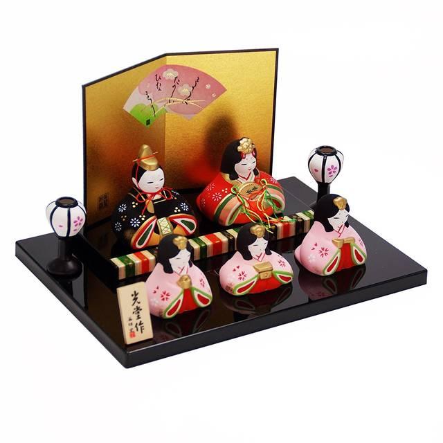 Amazon | 錦彩華みやび雛(平飾り)陶器 雛人形