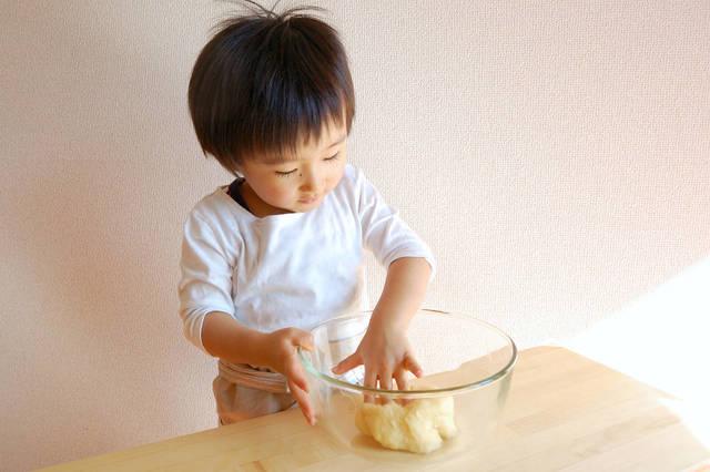 子どもと一緒にパン作り!最低限準備しておきたい道具と材料 - teniteo[テニテオ]