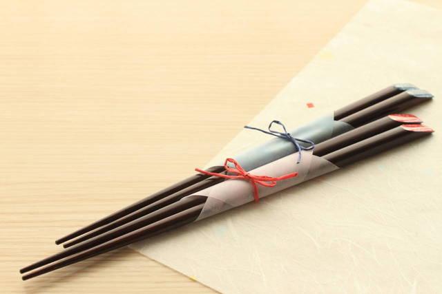 結婚記念日に夫婦箸をプレゼント!役立つ知識とおすすめの夫婦箸3選 - teniteo[テニテオ]