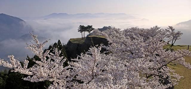 国史跡「竹田城跡」公式ホームページ | 朝来市