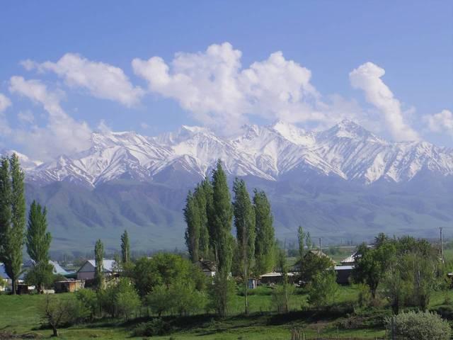 キルギス共和国に嫁いだママの子育て体験。キルギスでの暮らしと日本 - teniteo[テニテオ]