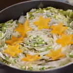 料理ブロガーぱおさんが作るピリ辛タレでパクッ♪『白菜と豚肉のミルフィーユ鍋』