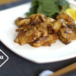 料理ブロガーしゃなママさんの鶏皮のパリパリッ食感が美味しい『甘辛BBQチキン』のつくり方