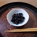 座禅豆は座禅をする時に食べたから?意外な味付けだった豆料理。