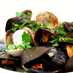 ベルギー料理の代表格!ムール貝のワイン蒸し