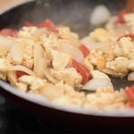 暑い時期にピッタリなガパオライスを肉無しで!代わりに使うのは豆腐だからヘルシー!