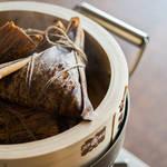 竹の皮のいい香りがさらにおいしさを引き立たせる簡単ヘルシー中華ちまきのつくり方