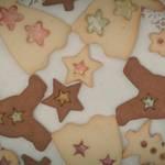 クリスマスにピッタリな「ステンドグラスクッキー」のつくり方