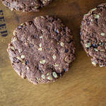 バレンタインにプレゼントしたい大きなやわらかチョコクッキー!