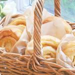 朝食の主食ではなくぜひデザートに♪オレンジ風味のうずまきパン!