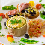 食卓を華やかに彩る前菜ワンプレートのつくり方