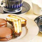 """""""あの""""マシュマロが入ったお菓子の再現に成功!?ふんわりマシュマロをチョコで包んだチョコパイサンド♪"""
