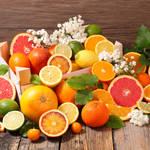 一体何が違うの?でこぽん、甘夏、はっさくなどの大きな柑橘類の見分け方