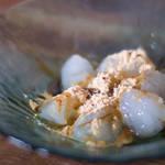 身近な材料でもつくれる!片栗粉を使ったもっちりプルプルわらび餅のつくり方