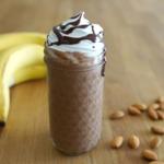 暑い日のおやつにぴったり♪バナナチョコフラペチーノのつくり方