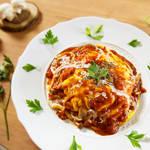 洋食の定番をワンランク上の美味しさに★ガーリックライスの絶品ふわとろオムライス