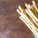 発酵なしで手間いらず♪サクサク食感おいしいイタリアのパン、パンプキンのグリッシーニ♪
