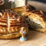新年を祝うフランスの伝統菓子✩ 紅茶のガレット・デ・ロワ