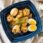 チキンがホロホロと柔らか〜い!フィリピンの家庭料理「チキン・アドボ」