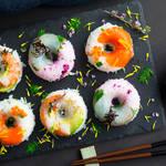 心奪われる華やかさ♡ドーナツ型でつくる「寿司ドーナツ」