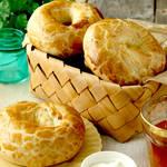 サックサクの中はしっとりもちもち♪ベーグル×クロワッサンのハイブリット系パン!