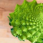 SNS映えする「ロマネスコ」はどうやって食べるの?トレンド野菜の美味しいアイデア