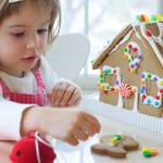 子どもが喜ぶ楽しいおやつ!「お菓子のお家」を市販のお菓子で作ってみよう!