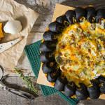 チーズ好きが悶絶する美味しさ♡耳までチーズ入りのピザ・クワトロ・フォルマッジ