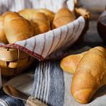 バターがじゅわ〜っと口の中に広がる風味豊かなもちもち塩パン♡
