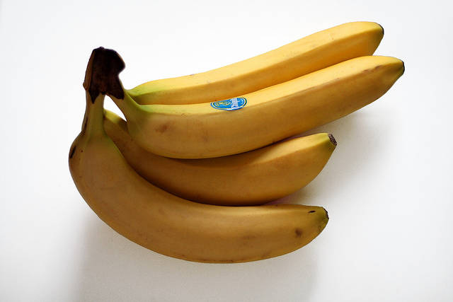 Bananas (edited) | Used for an article about gorillas compet… | Flickr - Photo Sharing! (4973)