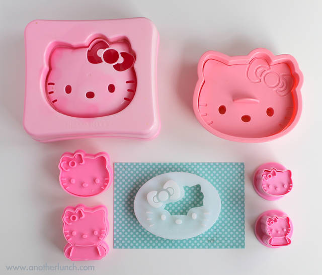 All sizes | Hello Kitty Sandwich & Cookie Cutter Size Comparison | Flickr - Photo Sharing! (8607)